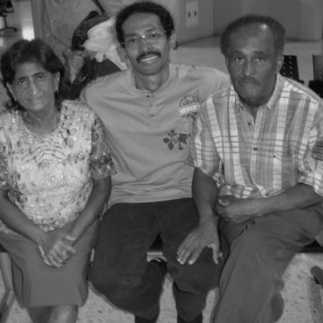 Verny Varela (middle) and family